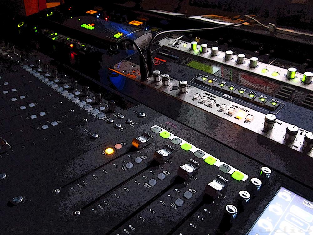 Shine On Studio Malone Desk