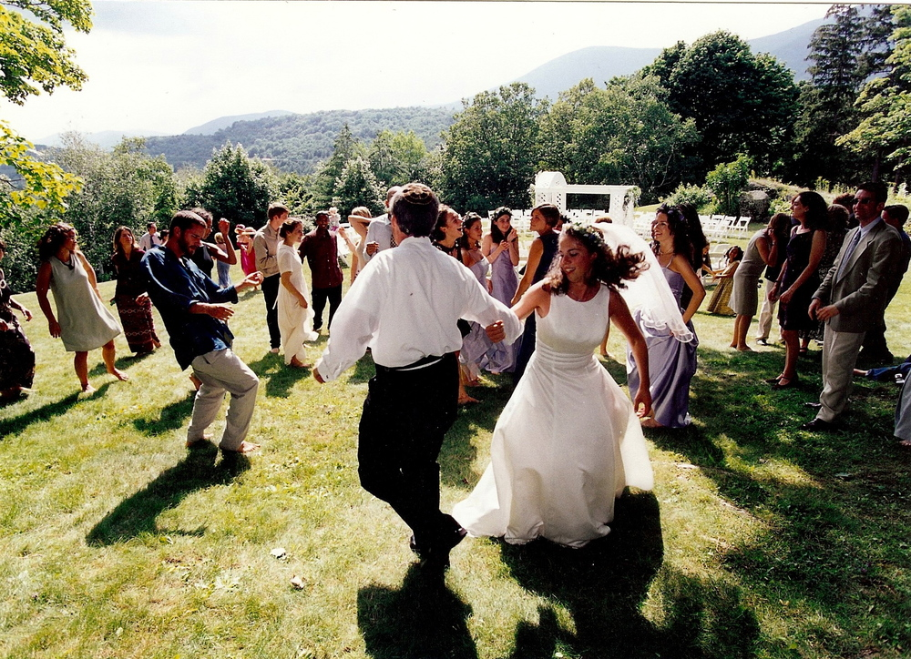 Dancing on the Mansion's great lawn