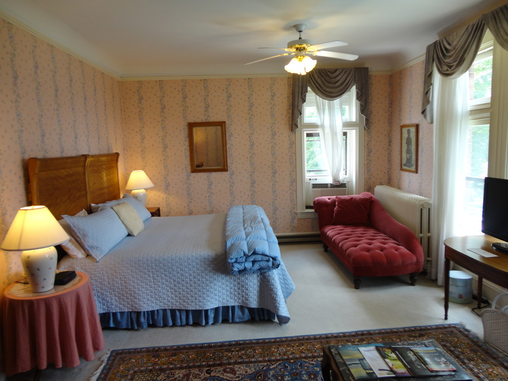 Room 6, the Gilbert Suite