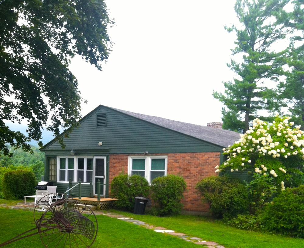 innkeepers cottage summer ext.jpg