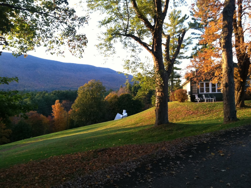 innkeepers cottage fall lawns.JPG