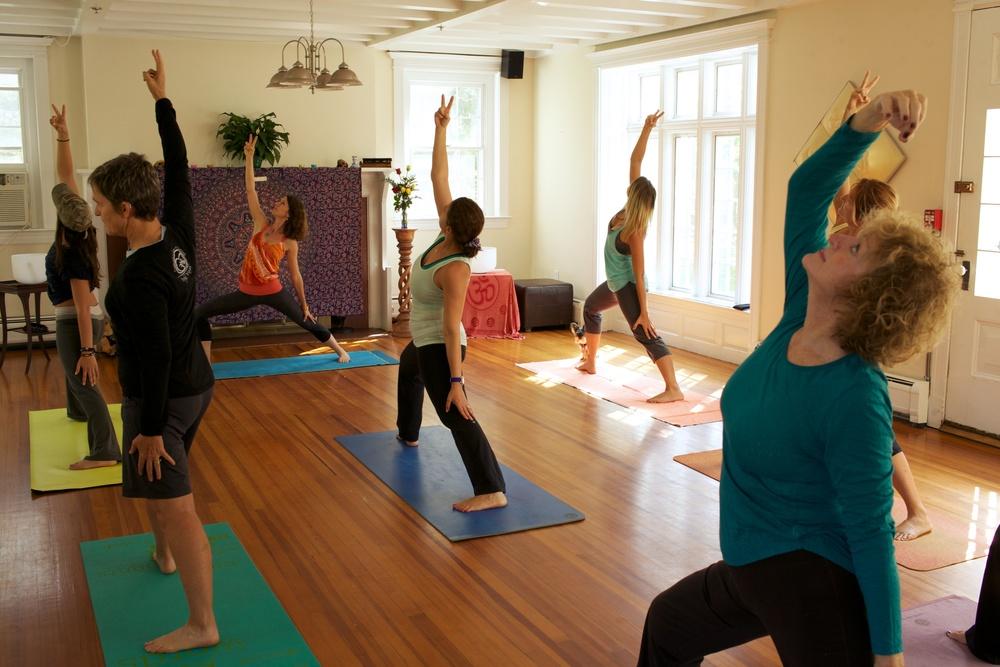 yoga BVM 2.jpg