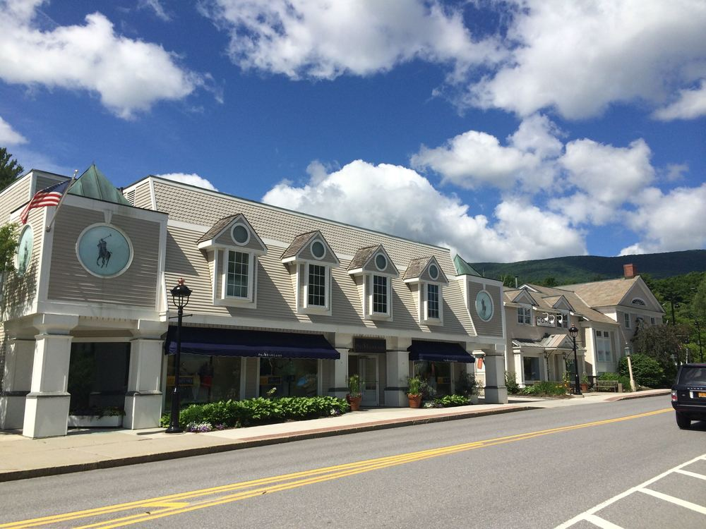 Outlet shopping in Manchester, VT