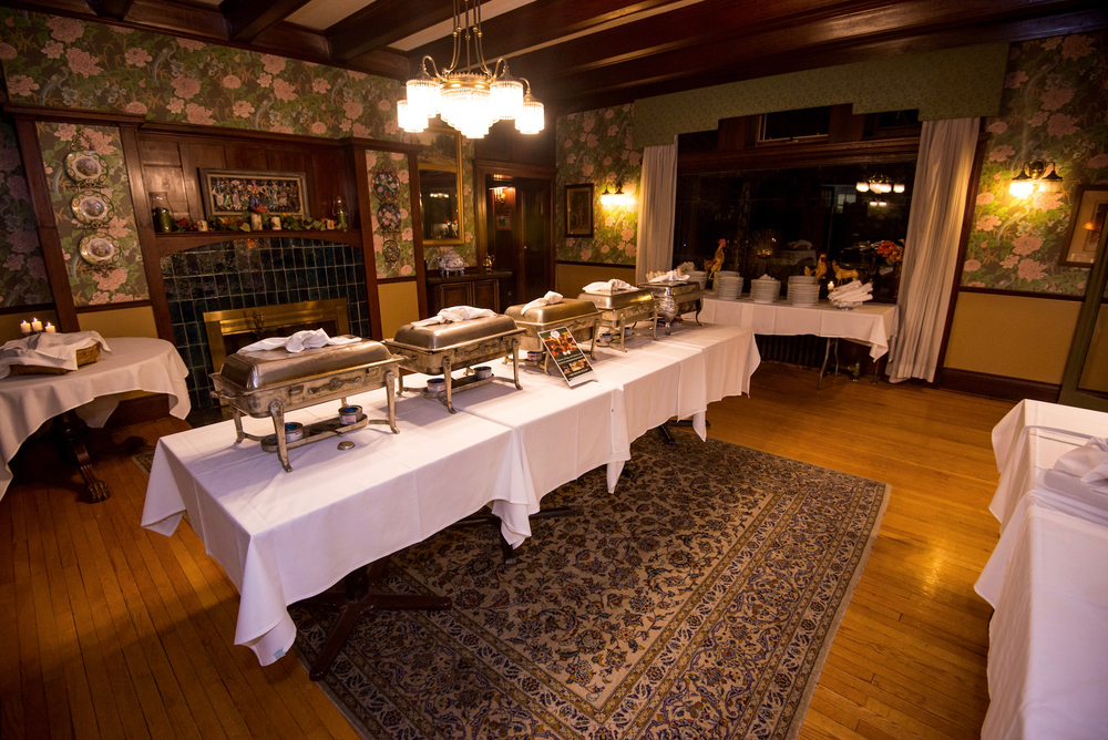 Rose_Dining_Room_Buffet_Wilburton_Inn.jpg