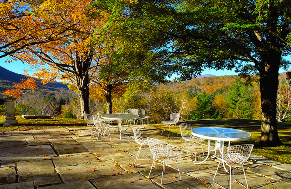 fall dining outdoor copy.jpg