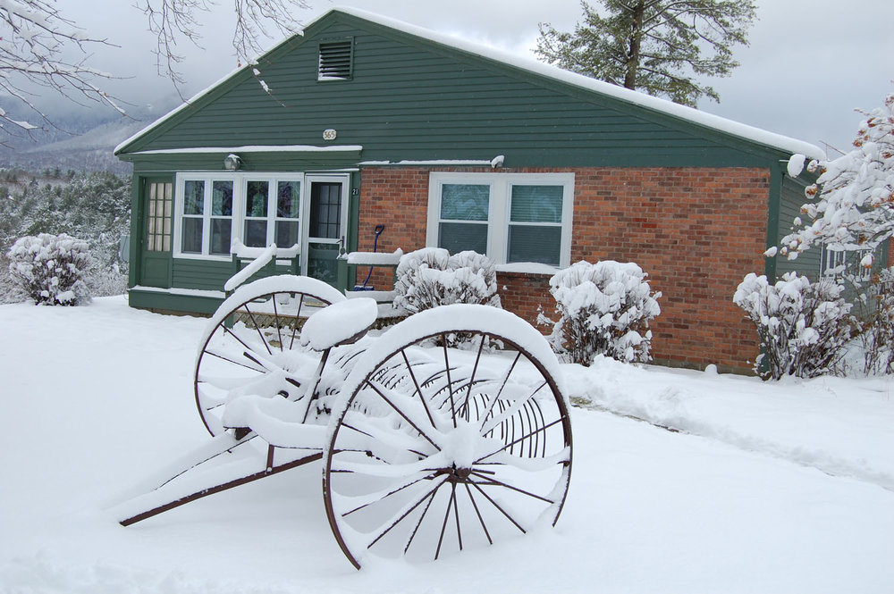 Innkeepers Cottage in Snow.jpg
