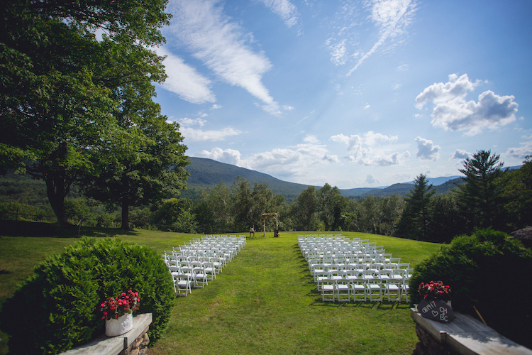 Wilburton Inn Venue Wedding Summer.jpg