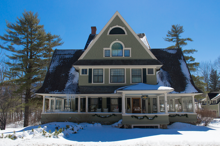 Taconic_Mansion_winter.jpg