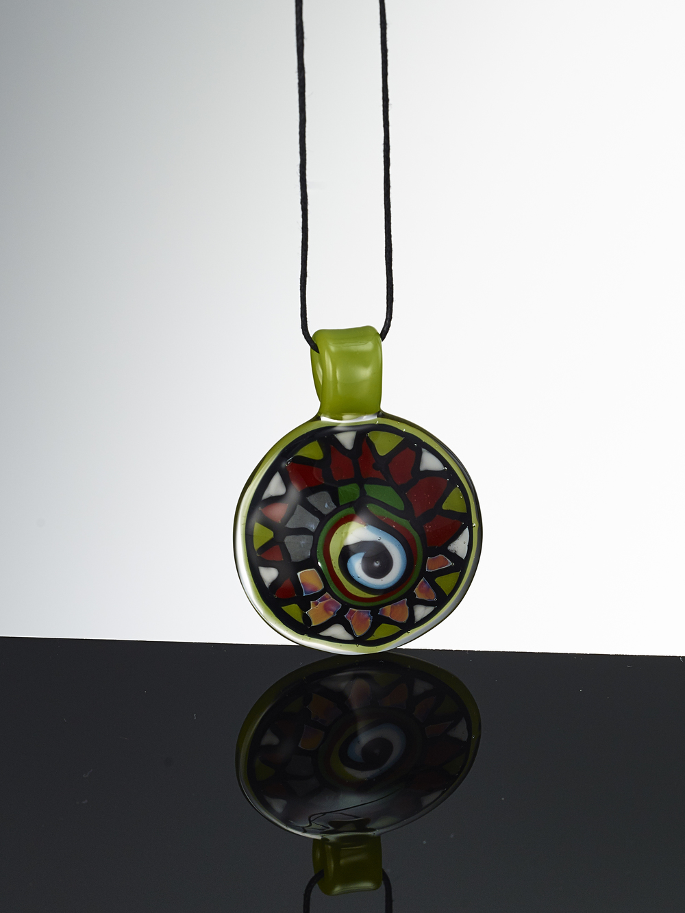 Dragon's Eye Disk Flip Pendant