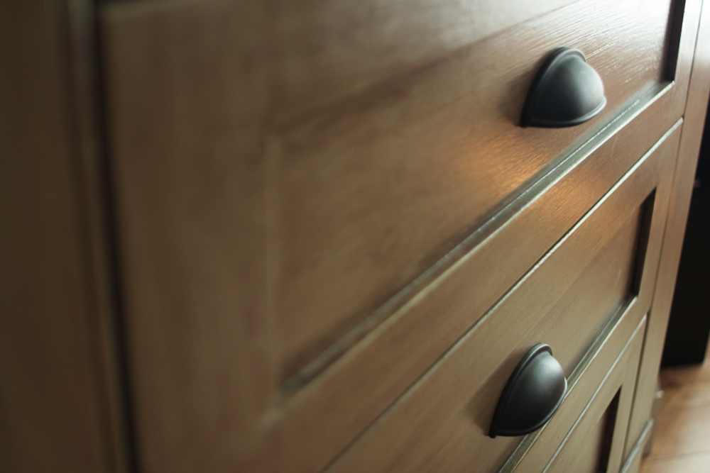 JSH Reno - Cabinet 05.jpg