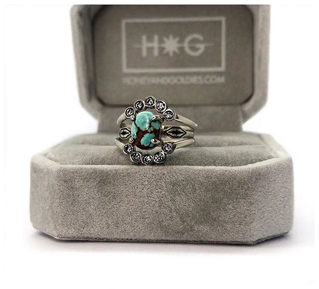 Turquoise and diamonds in 14k white gold. This set is too stunning!