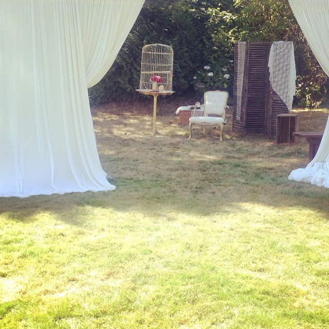 The perfect bedeken set up for our bride today! #birdmanandladybird