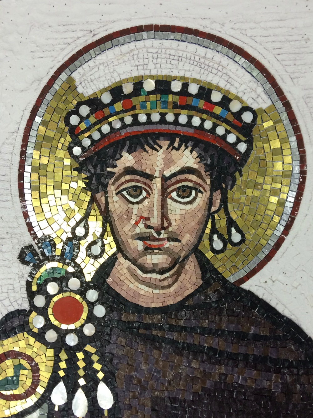 As I worked on Justinian I was for the most part pleased until it came time to lay the considerable amount of gold in the figure, halo and background. There was something bugging me about what I was doing that was not capturing the soul of this mosaic for me. The andamento was correct and clear and I was staying as true to the original as I could. But there was something wrong; and I couldn't figure out how to fix it.