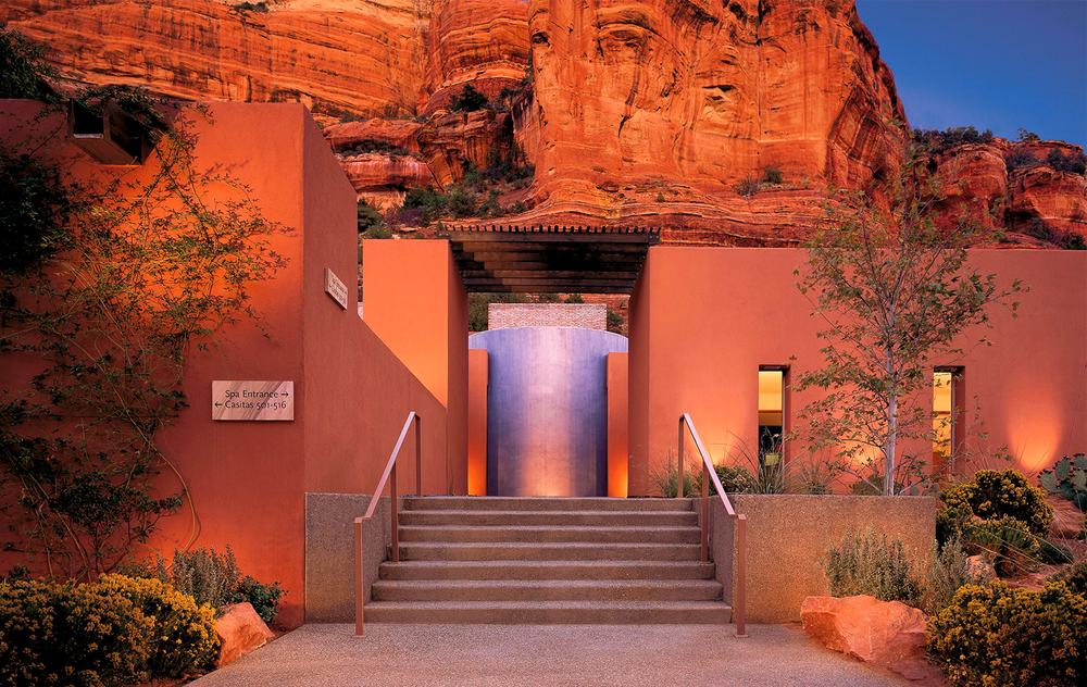 I am honored and delighted to announce our Trunk Show at Mii Amo September 30-October 1 2016.  Mii Amo, a part of Enchantment Resort, is nestled in a gorgeous canyon outside Sedona, Arizona.    Mii Amo, the land, people and ways are ranked as one of the top destination spa s and resorts in the world.