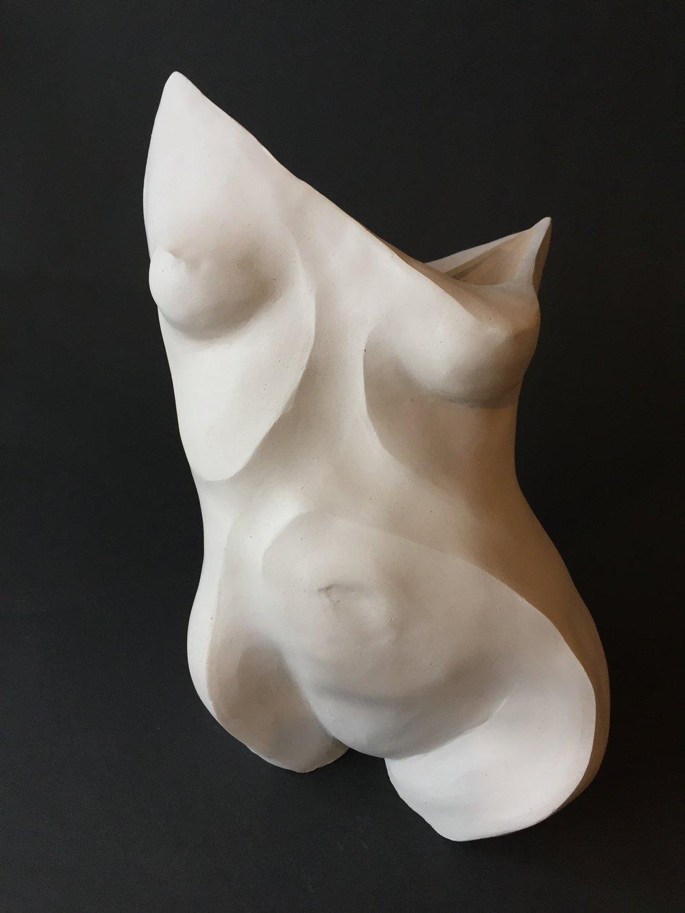 Amanda Paoletti.Figurative Ceramics.2017.JPG