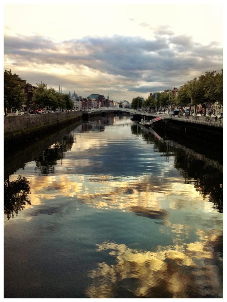 7:49pm thursday 8/18/11   dublin, ireland