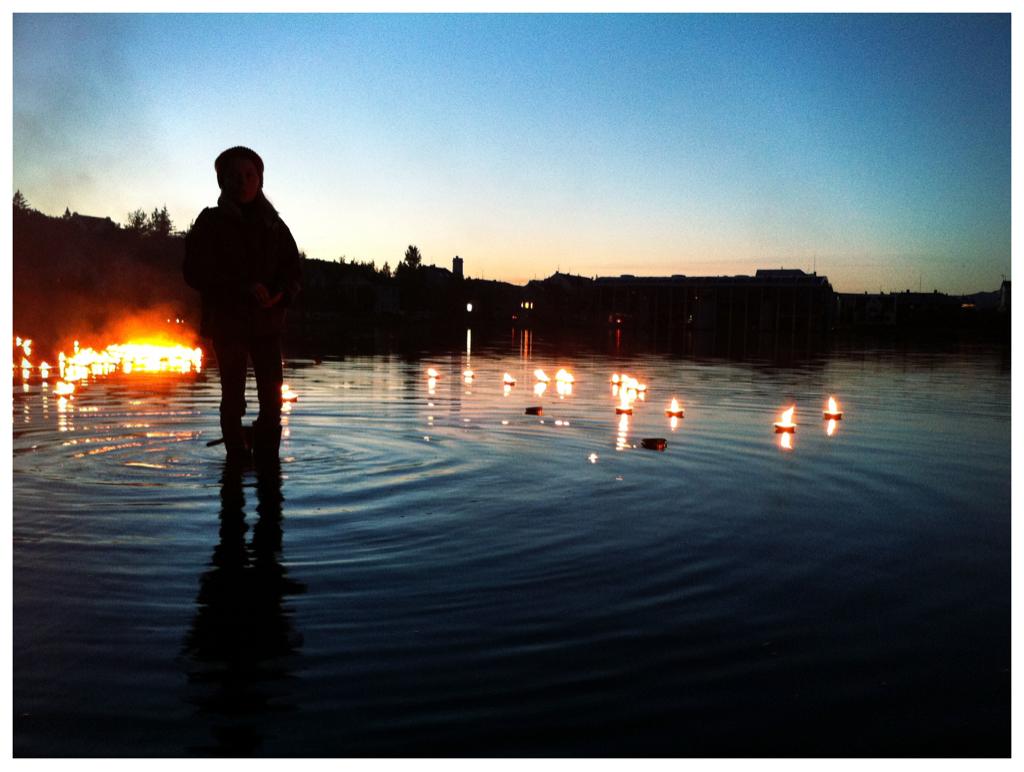 candlelight vigil in remembrance of the US bombings of Hiroshima & Nagasaki   10:58pm tuesday 8/9/11 reykjavik, iceland