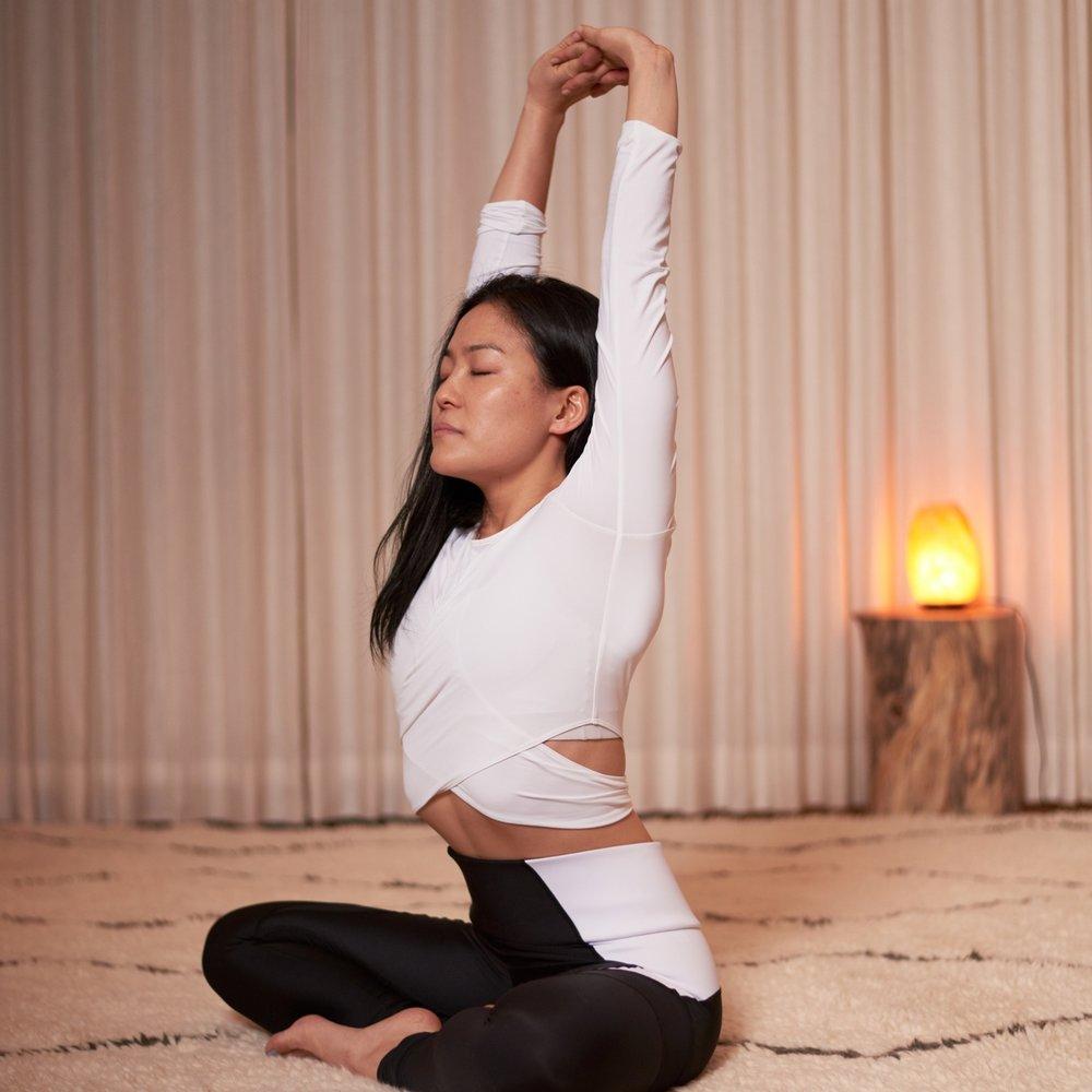 Tracy+long+sleeve+yoga.jpg