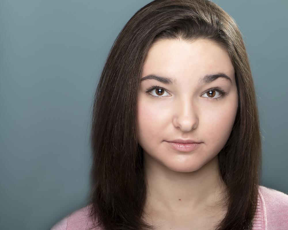 Gianna Porfano Headshot 2b.jpg