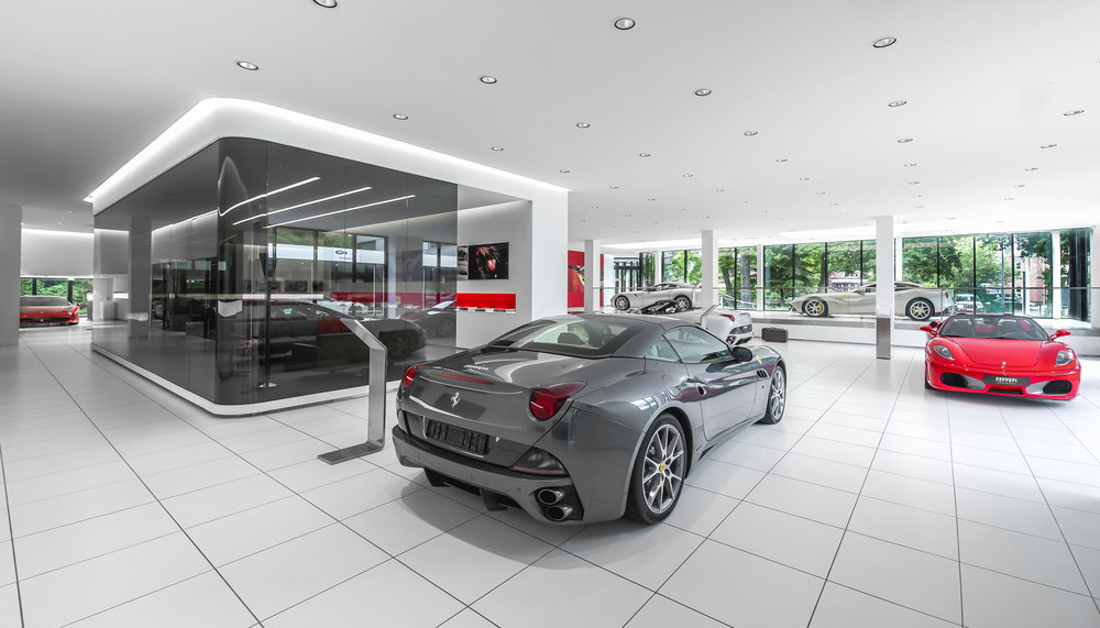 Ferrari_2_full.jpg