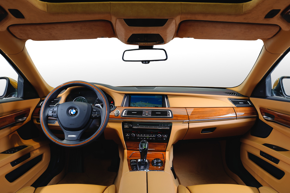 BMW_7series_Interior-006.jpg