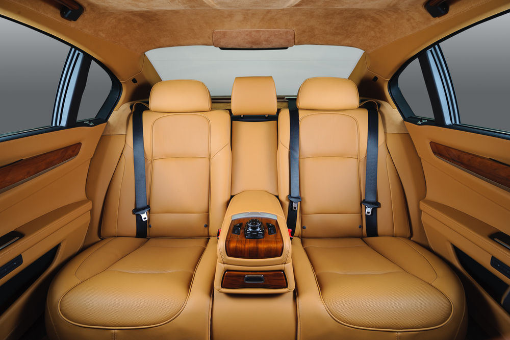 BMW_7series_Interior-016.jpg