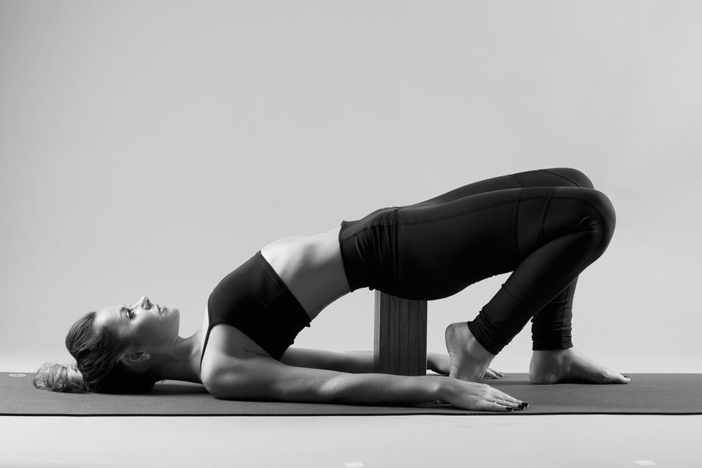and_stretch_yoga_BW-016.jpg