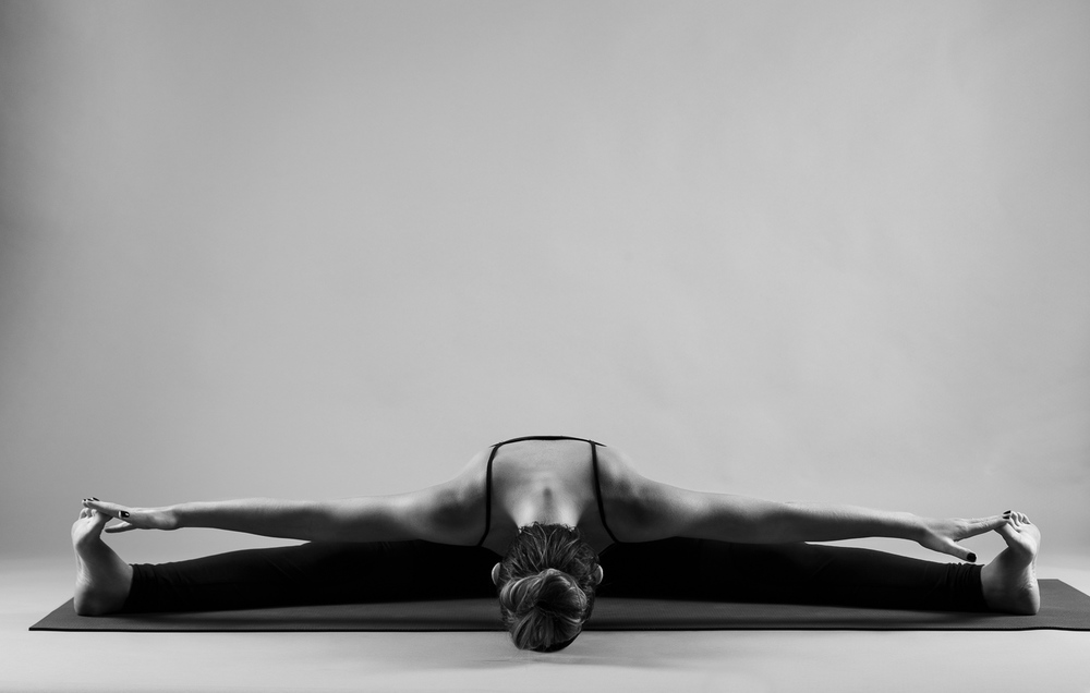 and_stretch_yoga_BW-006.jpg