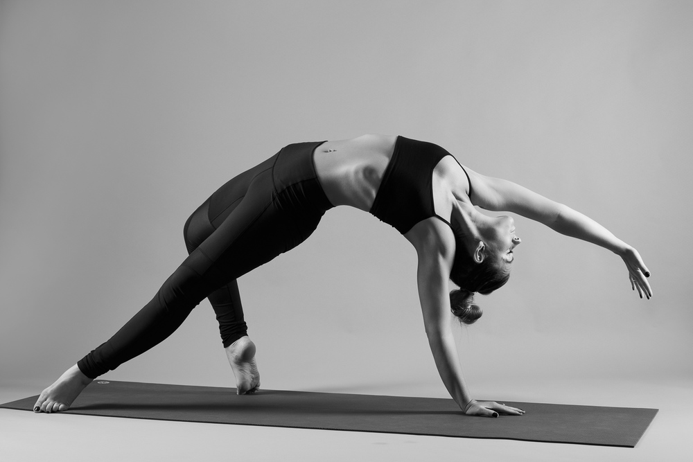 and_stretch_yoga_BW-007.jpg