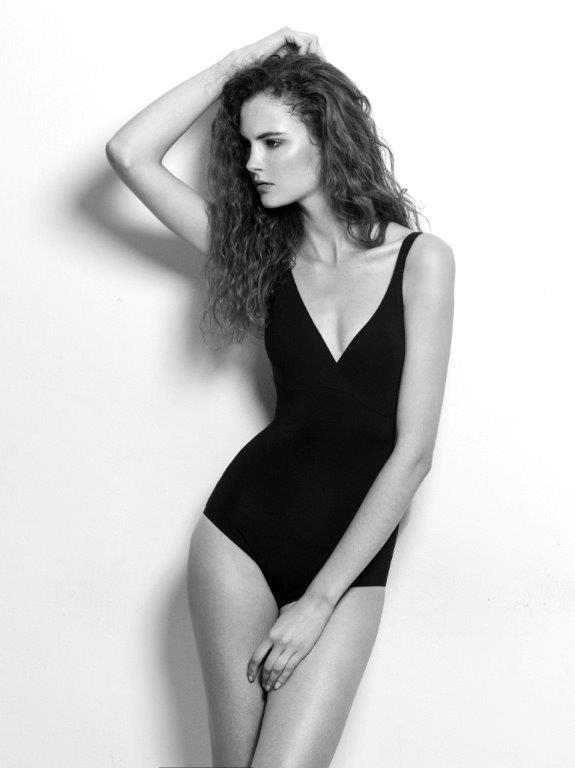 Adela 02 Pearl Model Management.jpg