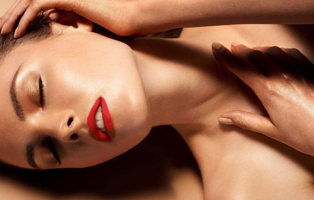 Adela 27 Pearl Model Management.jpg
