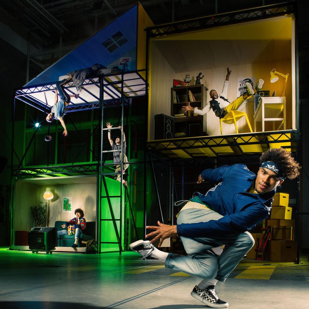 Between Us - Between us by The RuggedsTheater De Leest, Waalwijk / The NetherlandsFebruary 12th