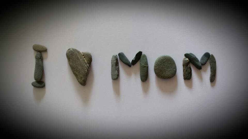 Happy Mothers day from OonaghKdesigns - Pebbleart