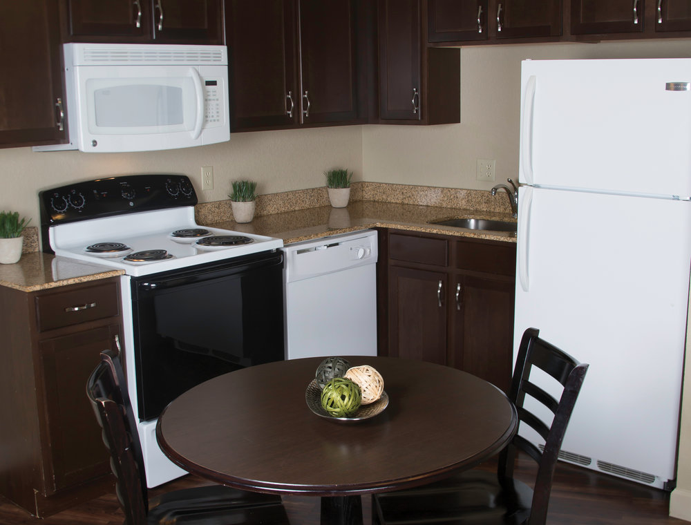 A Complete Kitchen - With a full kitchen in each extendedstay room, it will feel just like home. Rather than spending money on eating out, use your in room full kitchen to make yourown delicious meal.