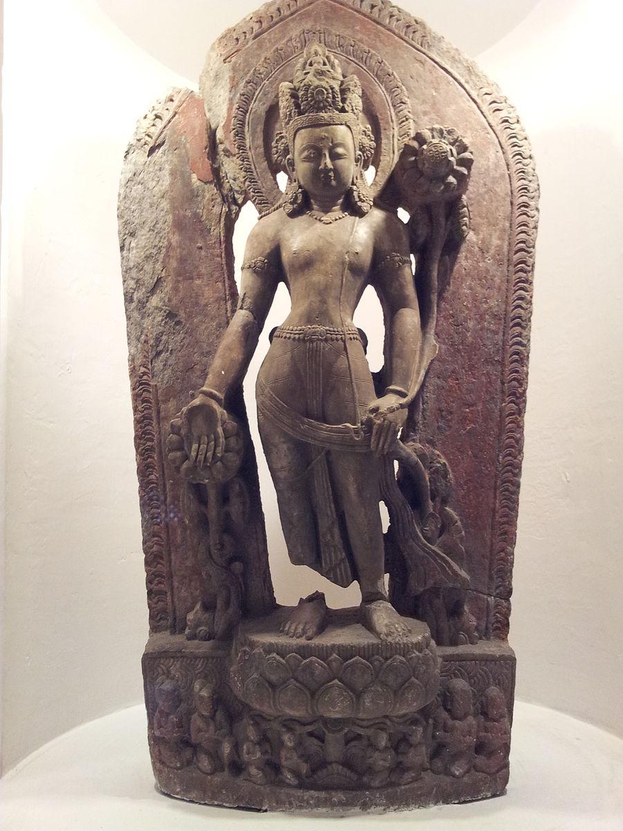 Statue_of_Vishnu_in_Patan_museum.jpg