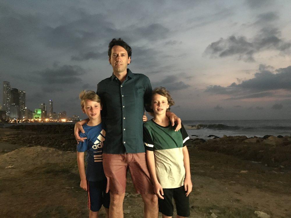 Neil_boys_Cartagena.JPG