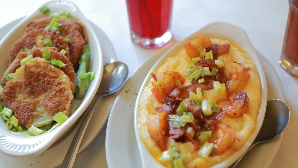 Pearl's Place: Fried Green Tomatoes / Shrimp & Cheesy Grits