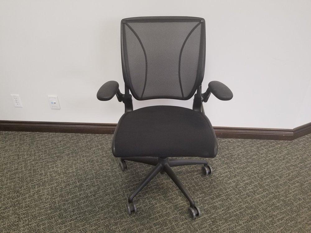 DIFFRIENT TASK Chair
