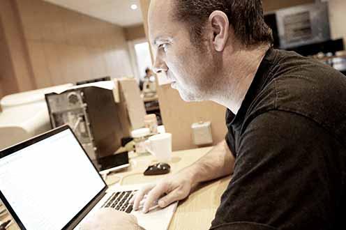 Niels Boggards - App developer - MIKME