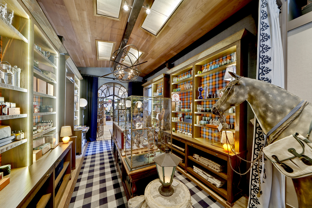 Holland & Sherry Bespoke Store