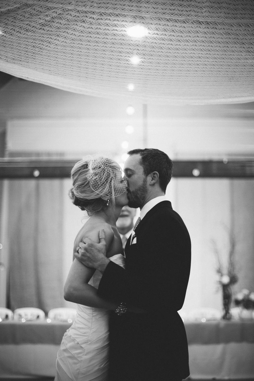 R+A wedding-452-455.jpg