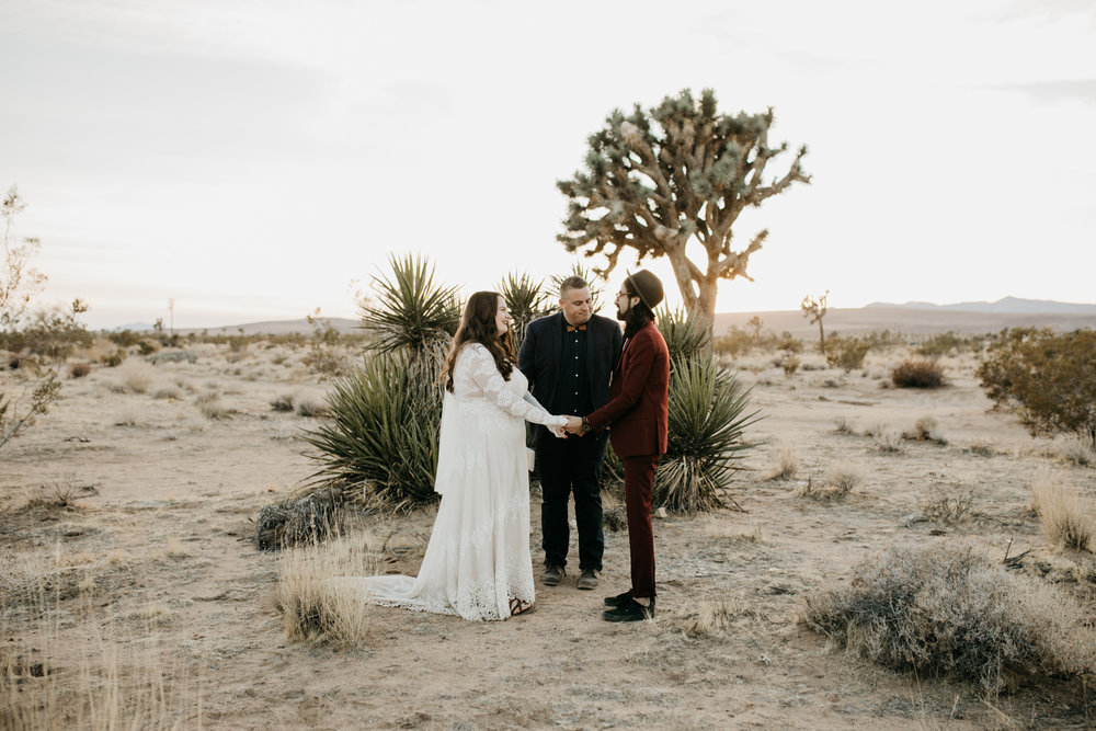 joshua-tree-elopement-photographer279.jpg