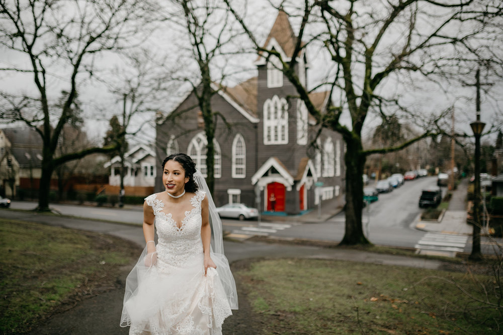 portland - wedding - photographer - doorofhopechurch073.jpg