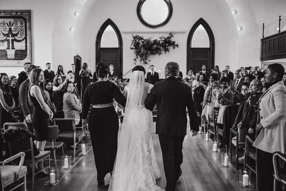portland - wedding - photographer - doorofhopechurch433.jpg