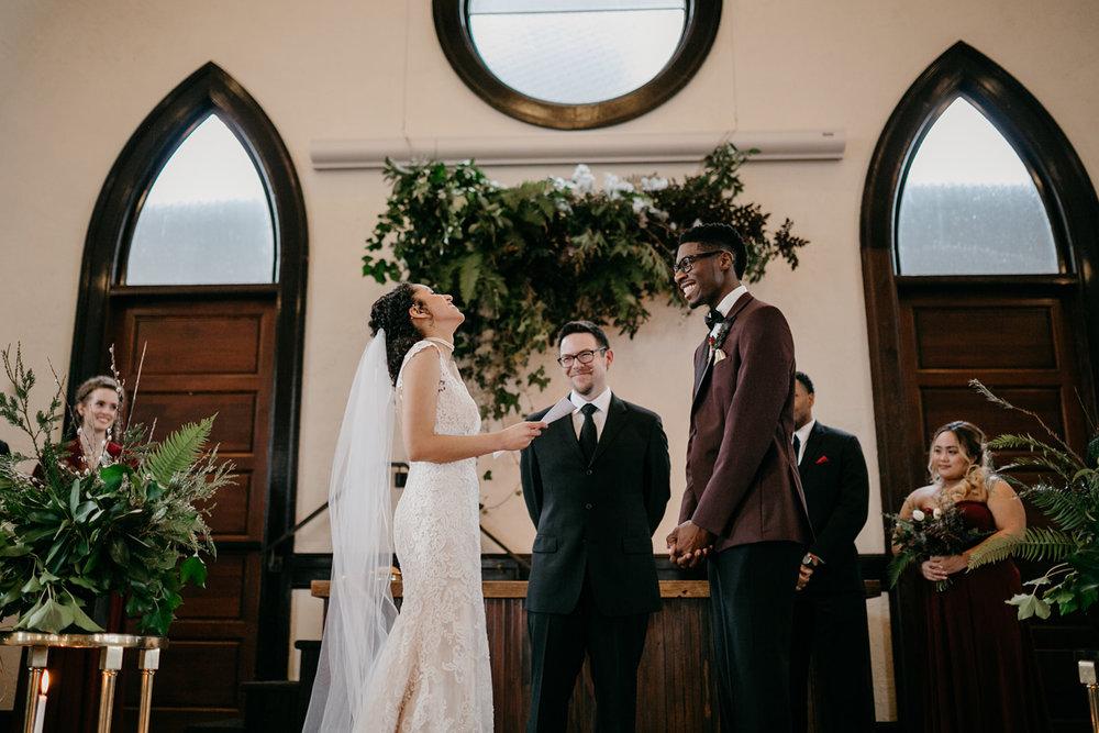 portland - wedding - photographer - doorofhopechurch472.jpg