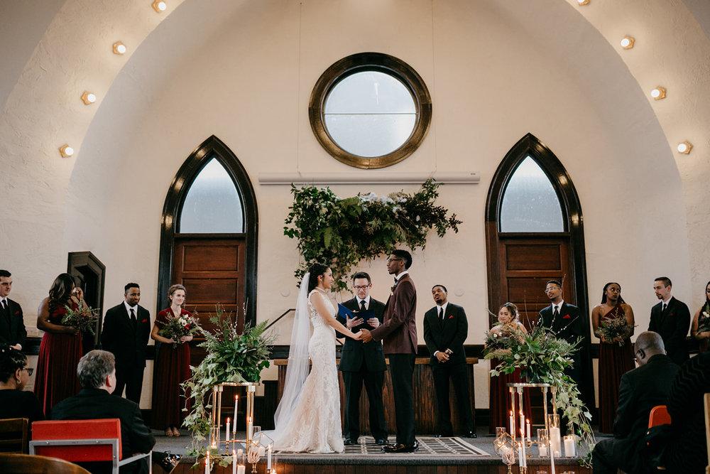 portland - wedding - photographer - doorofhopechurch495.jpg
