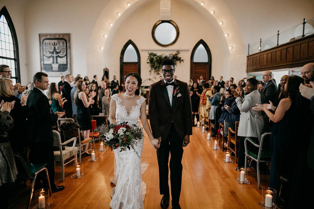 portland - wedding - photographer - doorofhopechurch509.jpg