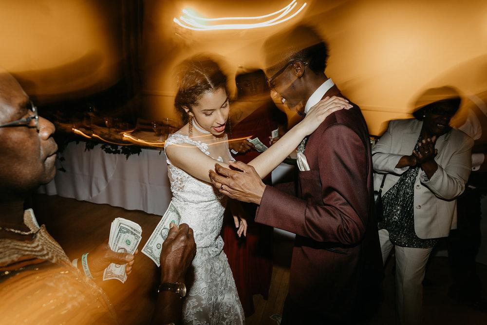 portland - wedding - photographer - doorofhopechurch679.jpg