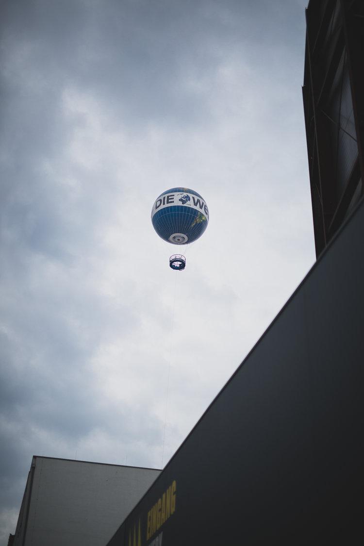 jimmy_bowron_photography_berlin_german_balloon.jpg