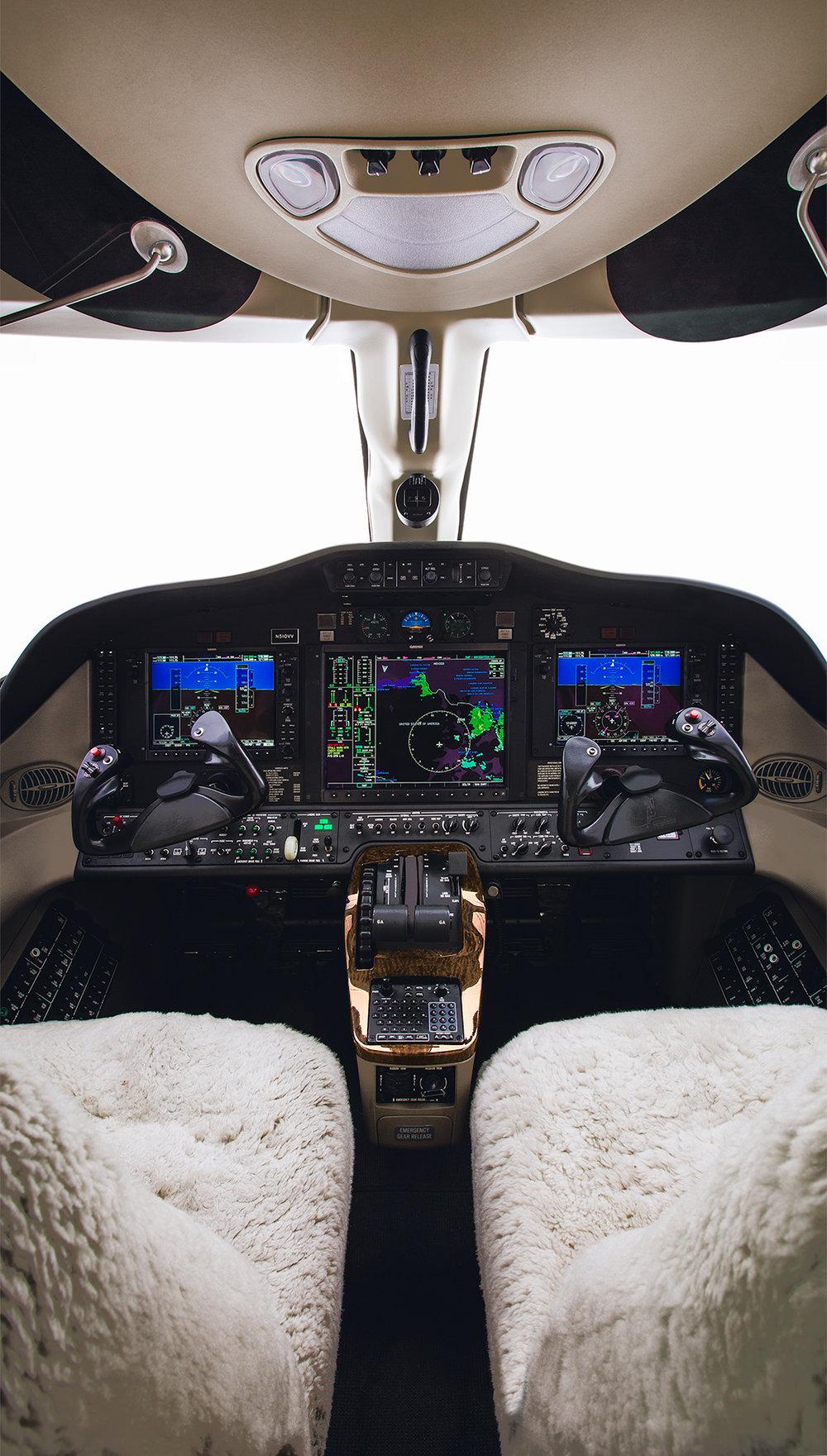 Cessna_Citation_Mustang_cockpit_photography_jimmy_bowron.jpg